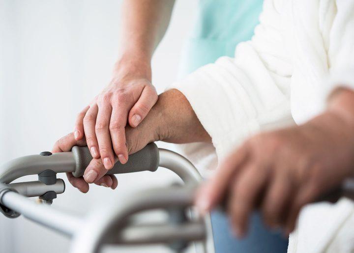 شرایط مطلوب ایران در حوزه تحقیقاتی و علمی، ضرورت سیاسگذاری مسئولان جهت حمایت بیمه ای از خدمات توانبخشی