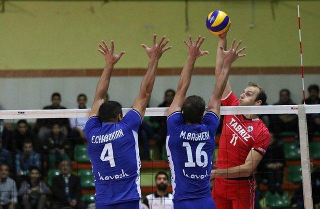 وستفال: والیبالیست های خارجی در ایران چهار، پنج برابر لهستان پول می گیرند