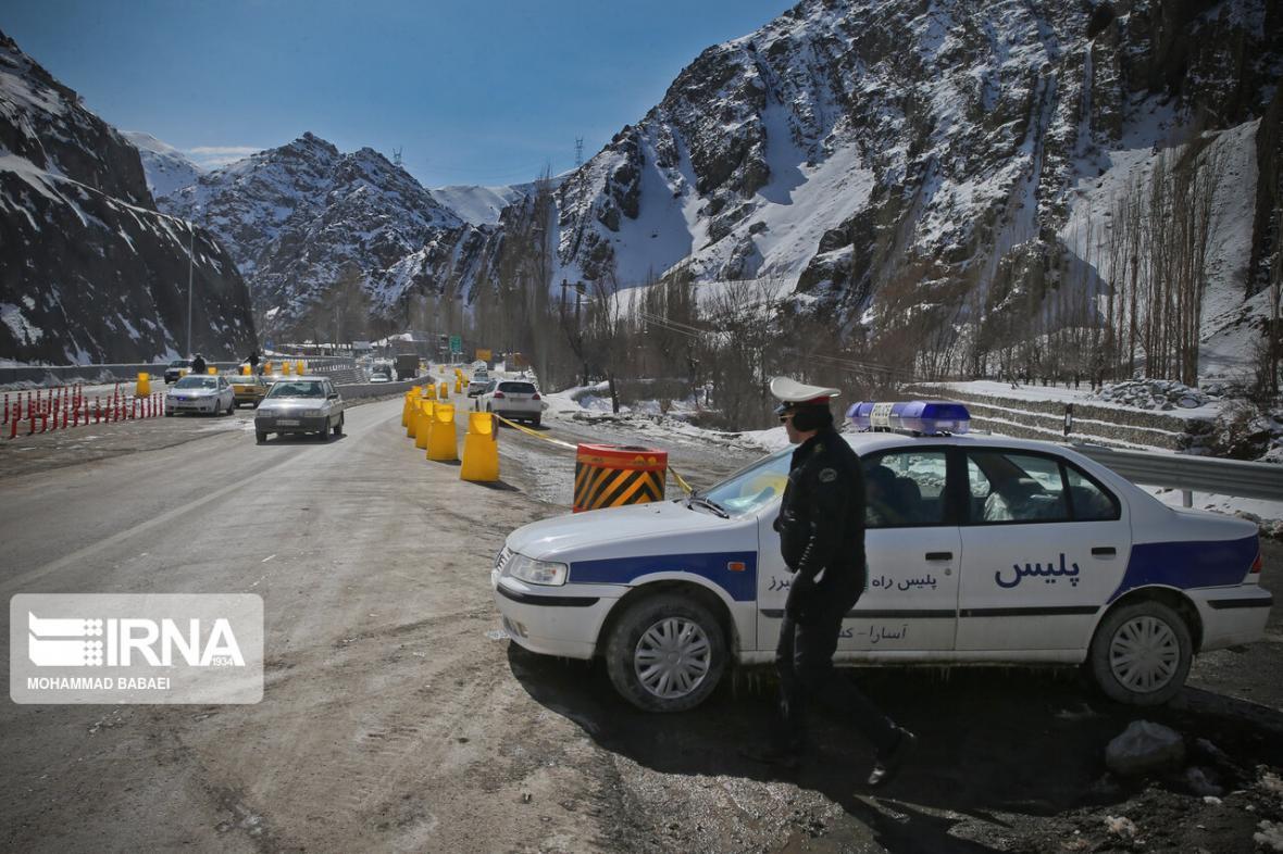 خبرنگاران تردد در محورهای هراز و فیروزکوه روان است