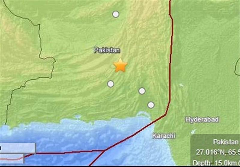 زلزله پاکستان، تخریب وسیع ساختمان های شهر آواران