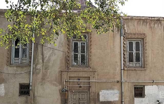 نگاهی به ساختمان تاریخی خدیوی زنجان