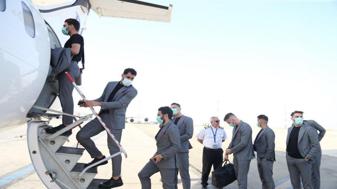 گزارش تصویری از کاروان پرسپولیس برای سفر به قطر، ویزا 7 سرخپوش صادر نشد