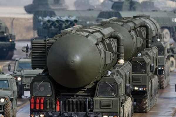 واکنش مسکو به هیاهوی آمریکا و انگلیس درباره آزمایش تسلیحات فضایی