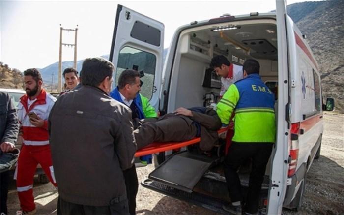 20 تن در واژگونی اتوبوس مسافربری ایلام-مشهد مجروح شدند