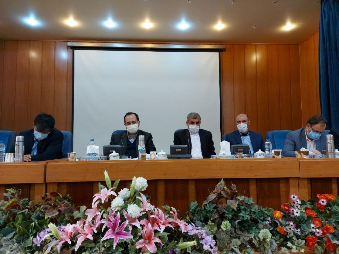 خبرنگاران کمیسیون آموزش مجلس با برگزاری کنکور نظام قدیم موافقت کرد