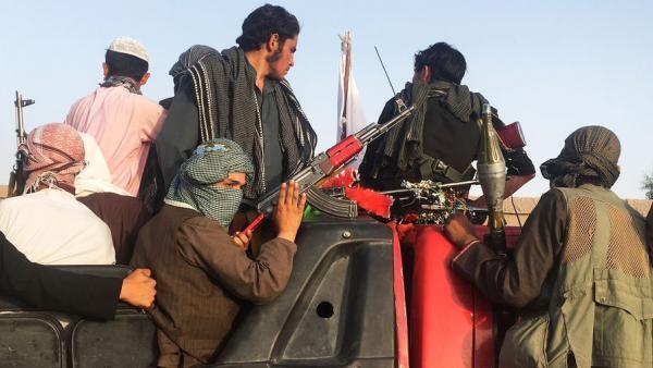 تلاش مسکو برای حل مسایل افغانستان و جلب مشارکت طالبان