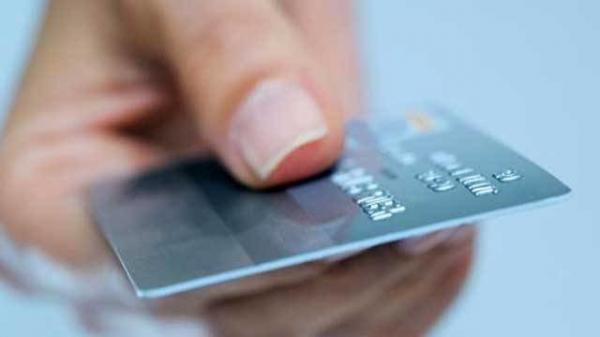 فعلا یک بانک کارت اعتباری 7 میلیونی صادر می کند